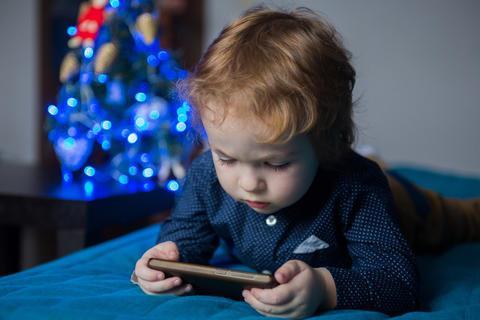 ¡Los celulares no son juguete!