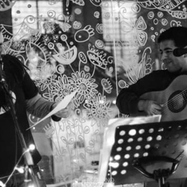 Sarmiento & Salinas... Un Universo de Poesía y Música...