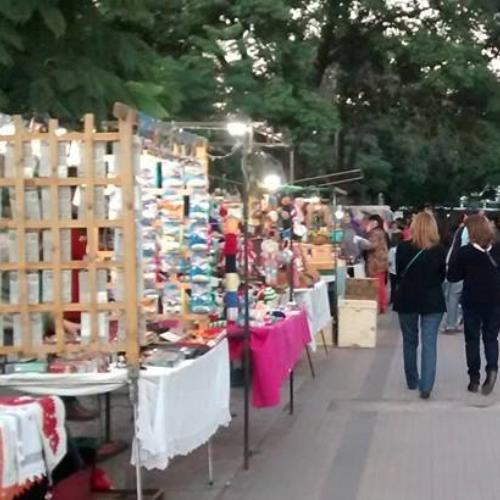 Feria Artesanal Plaza Rivadavia (Alta Córdoba)