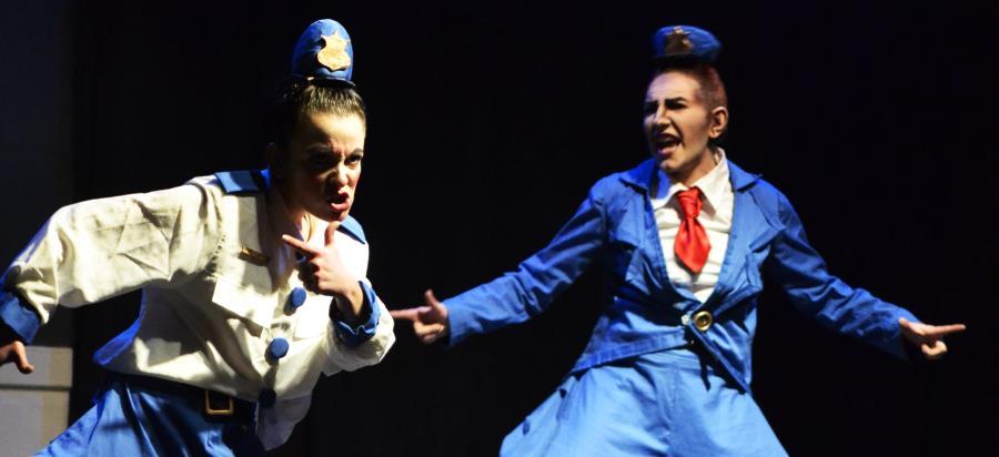 Cabos Sueltos - Teatro Cerca Estival