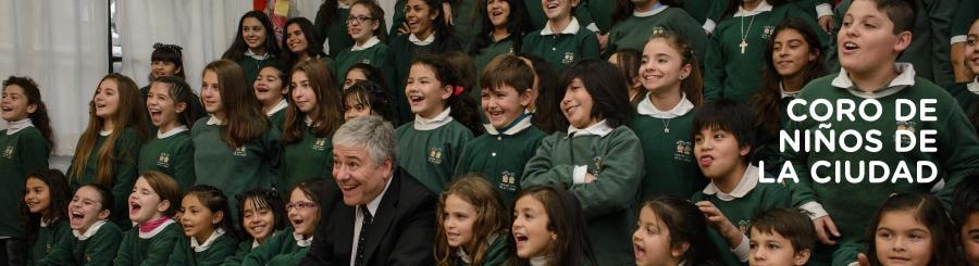 Presentación del Coro de Niños