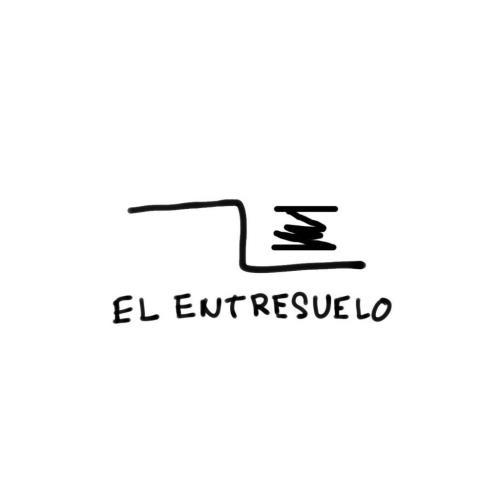 El Entresuelo / Los14