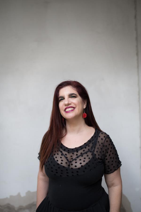 """Presentación performática de """"La revolución de las hijas"""" de Luciana Peker"""