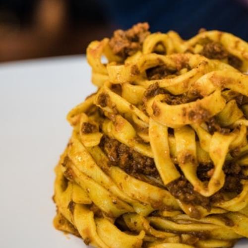 Espaguetis con salsa a la boloñesa
