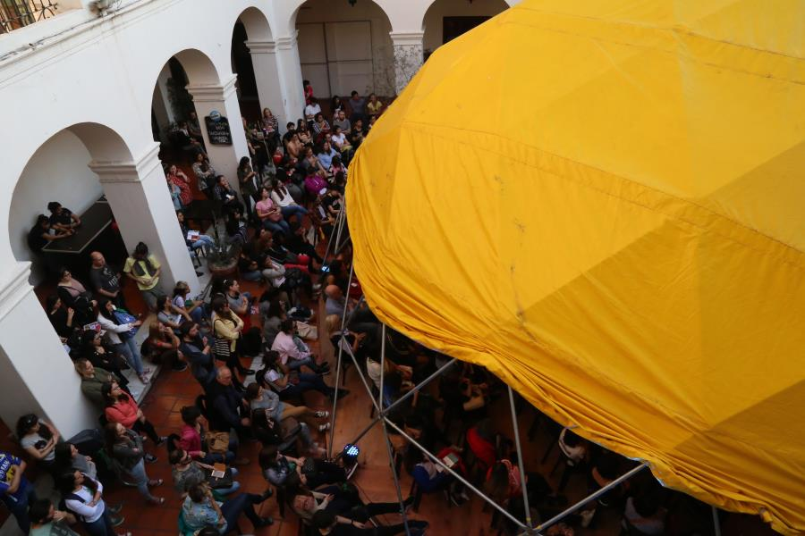 "Charla ""A 50 años del LP debut de Almendra"""