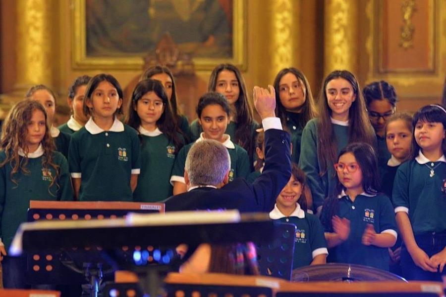 El Coro de Niños de la Ciudad en el Parque Educativo