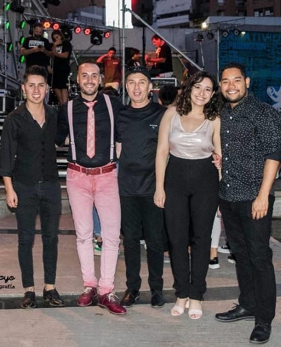 Derecho al Verano: Sentidos Latin Pop