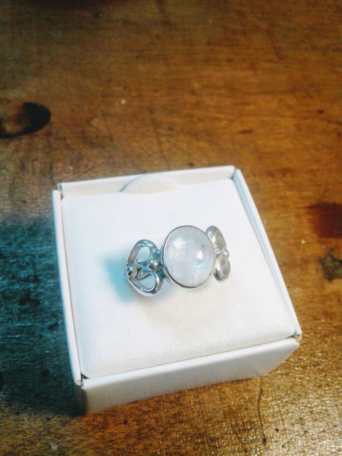 Piedra Luna en plata