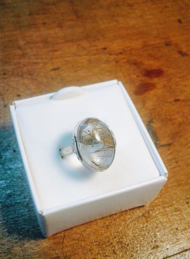 cuarzo rutilado en plata