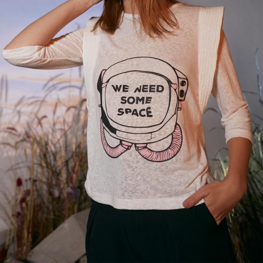 Remera Bugra Space
