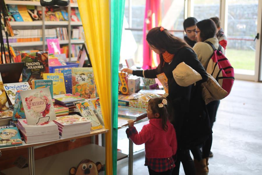"""""""Feria del Libro 16º día"""""""