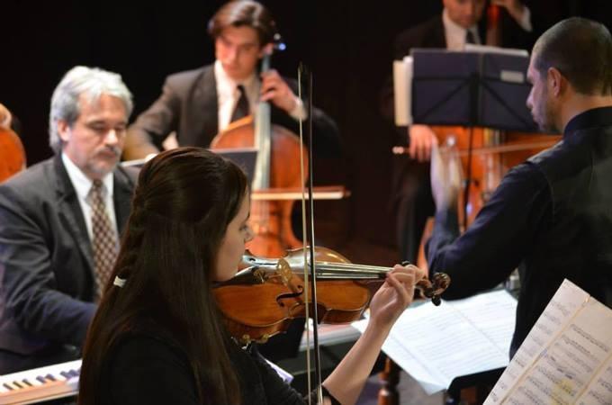 Actuación de la Orquesta de Cuerdas Municipal