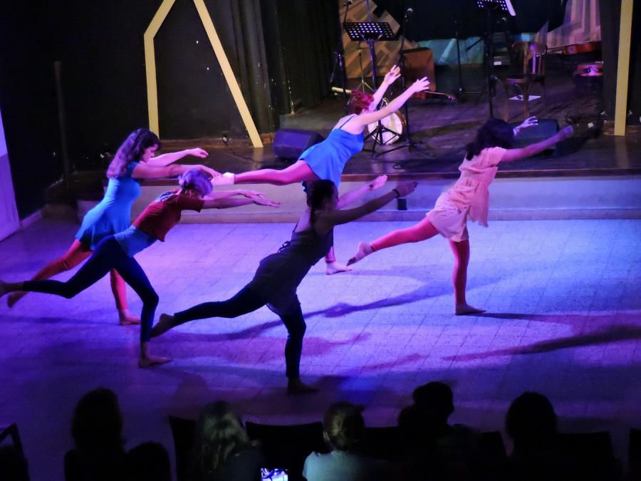 Danza Contemporánea/Entrenamiento