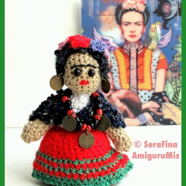 Mini Frida Kahlo Amigurumi