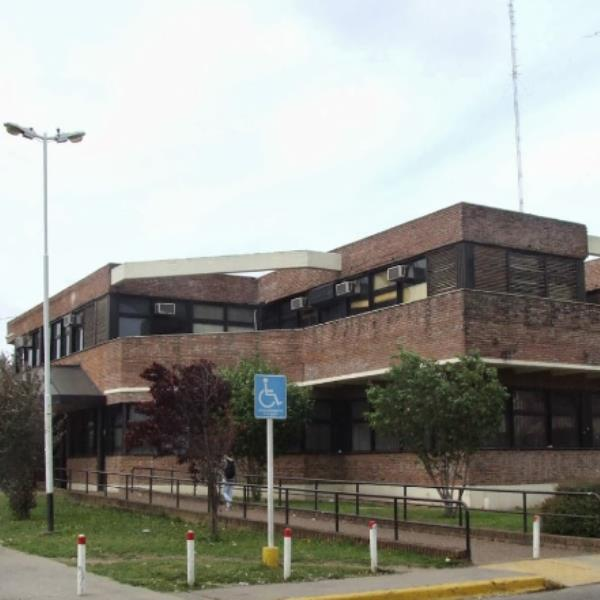 Universidad Nacional de Lomas de Zamora, Sociales