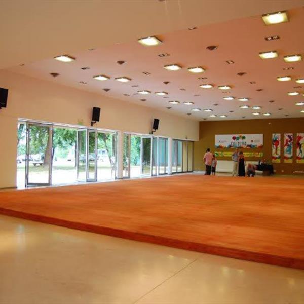 Parque las Tejas - Salón de usos culturales
