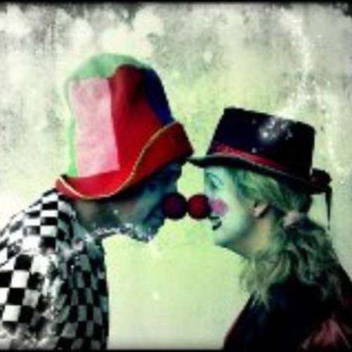 """""""Una histriónica historia de amor"""", de la Compañía Teatraje y Magia"""