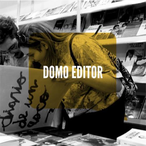 Ricardo Rosales firma libros en Duara